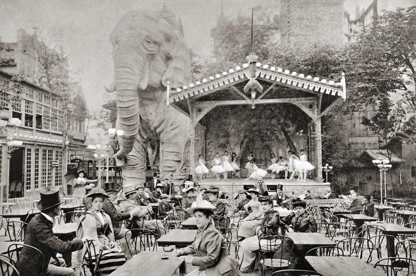 Moulin Rouge Elephant